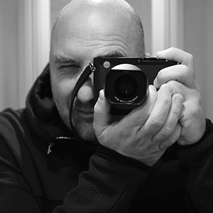 Ian Abela autoportrait - photographer